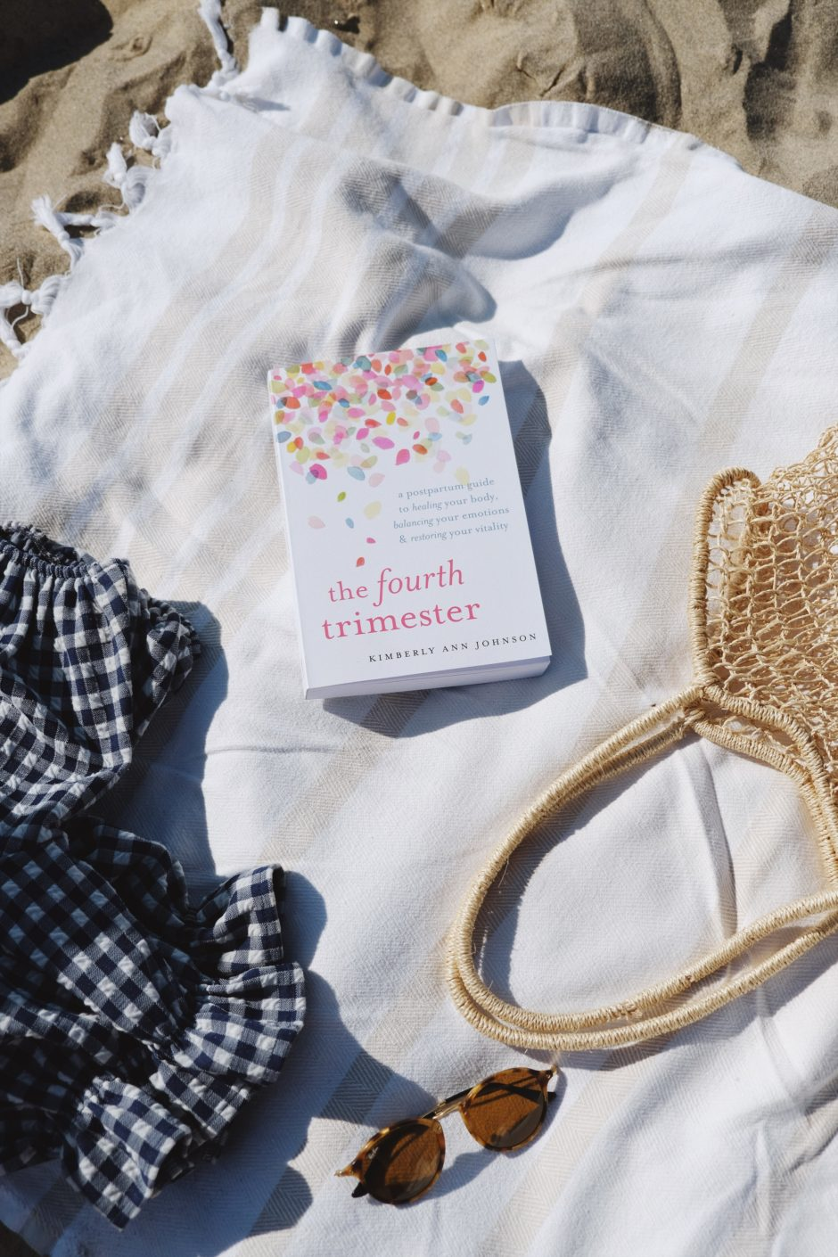 HANNAH SHELBY: Labor Day Weekend + Pregnancy Beach Reads